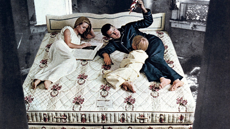 Martha Rosler Beauty Rest