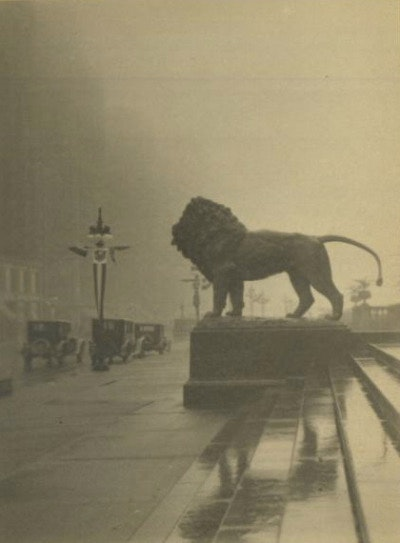 1927  of Lions On A Foggy Morning