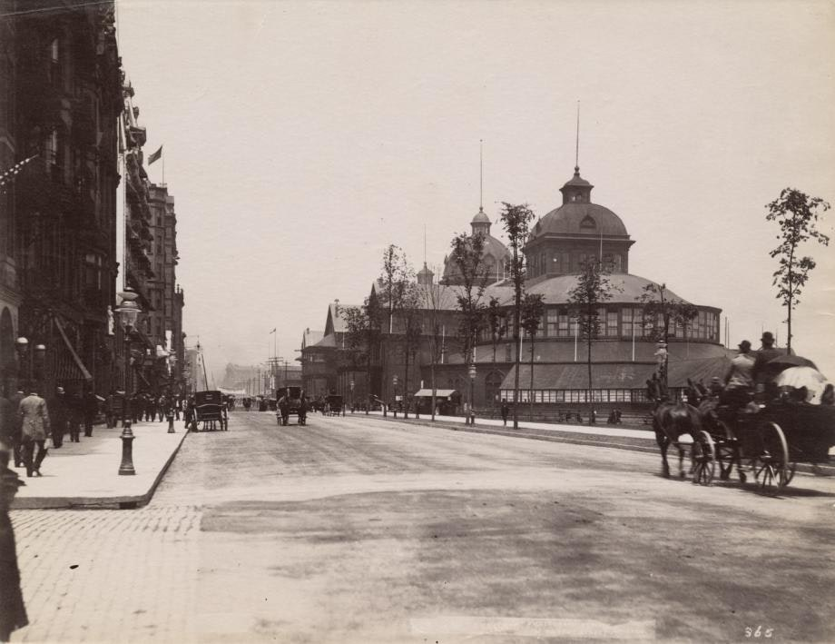 Photo of 1890 Interstate Exposition Building