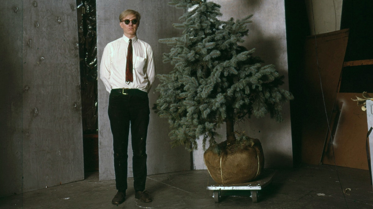 Lecture: Blake Gopnik—Andy Warhol: From Elf to Grinch and Back Again